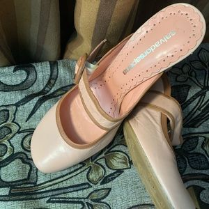 Salvador Sapena Pink Leather Mules Size 38 037
